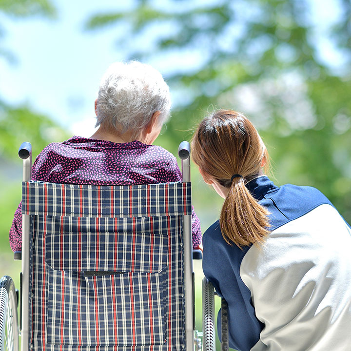 在宅介護を助けるナイトケア